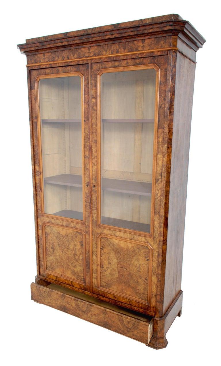 Antique French Louis Philippe Burl Walnut Bookcase / Cabinet, circa 1830 For Sale 2