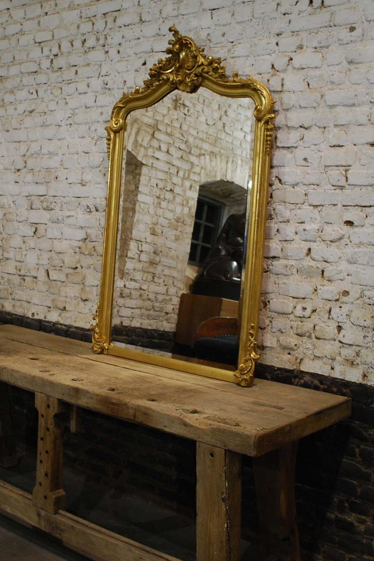 Antique French Louis Quinze or Rococo Gold Gilt Mirror with Facetted Glass For Sale 4