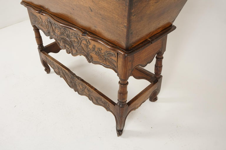 Antique French Louis XV Carved Walnut Dough Box, France, 1880, B2503 For Sale 2