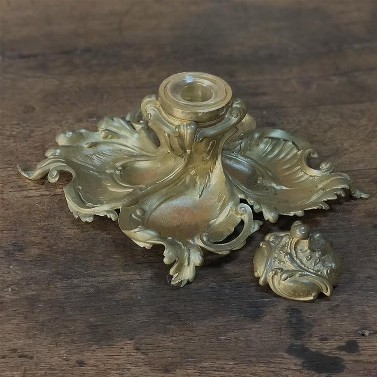 Antique French Louis XV Gilded Bronze Inkwell For Sale 2