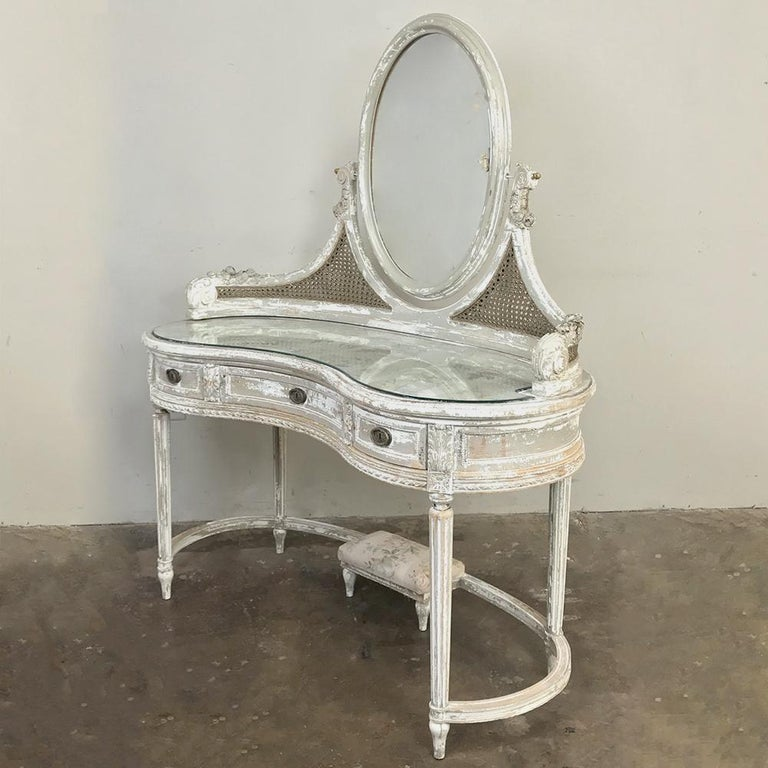 Hand-Painted Antique French Louis XVI Painted Vanity For Sale