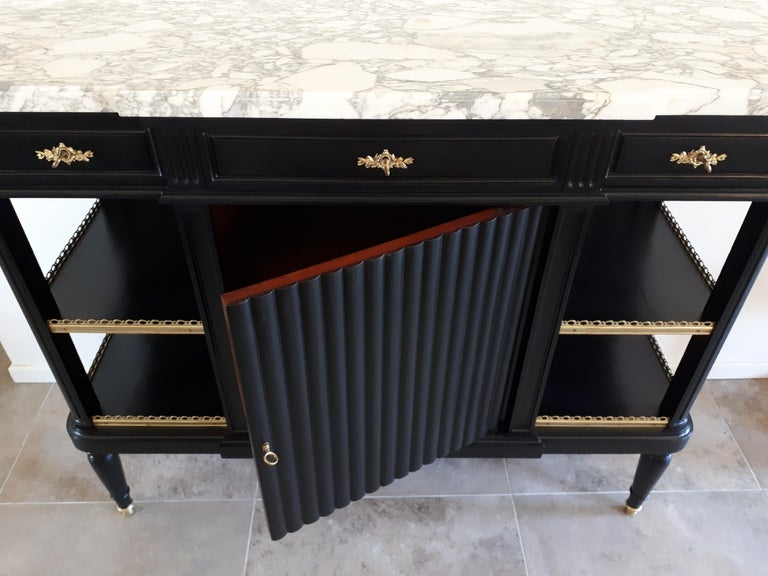 Antique French Louis XVI Style Buffet In Good Condition For Sale In Paris, FR