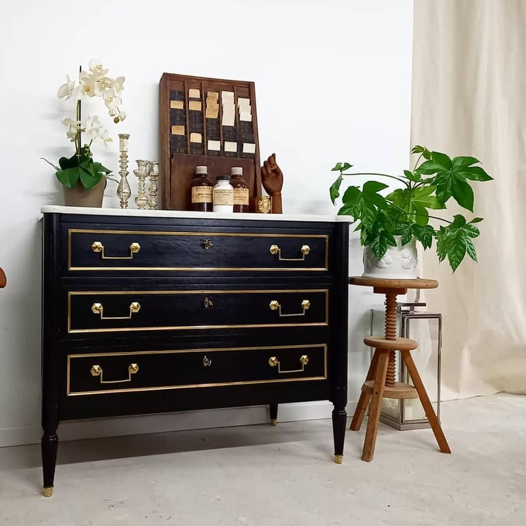 Antique French Louis XVI Chest of Drawers Commode Carrara Marble, Bronze & Brass For Sale 9