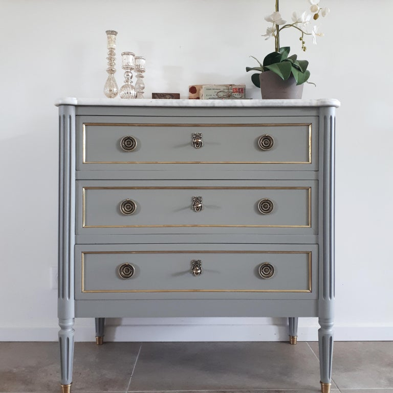20th Century Antique French, Louis XVI Style Chest of Drawers Commode For Sale