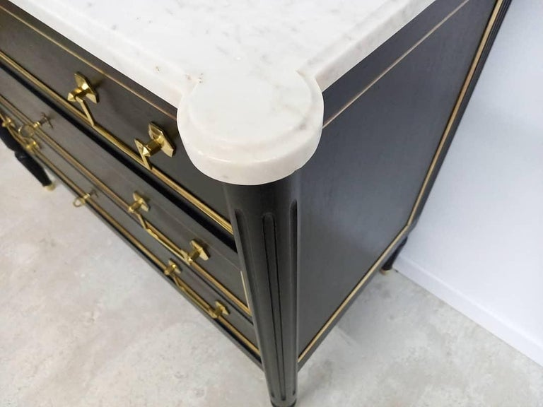 Antique French Louis XVI Chest of Drawers Commode Carrara Marble, Bronze & Brass For Sale 3