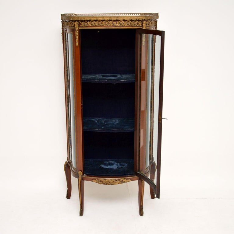 Antique French Mahogany and Marble Display Cabinet Vitrine For Sale 3