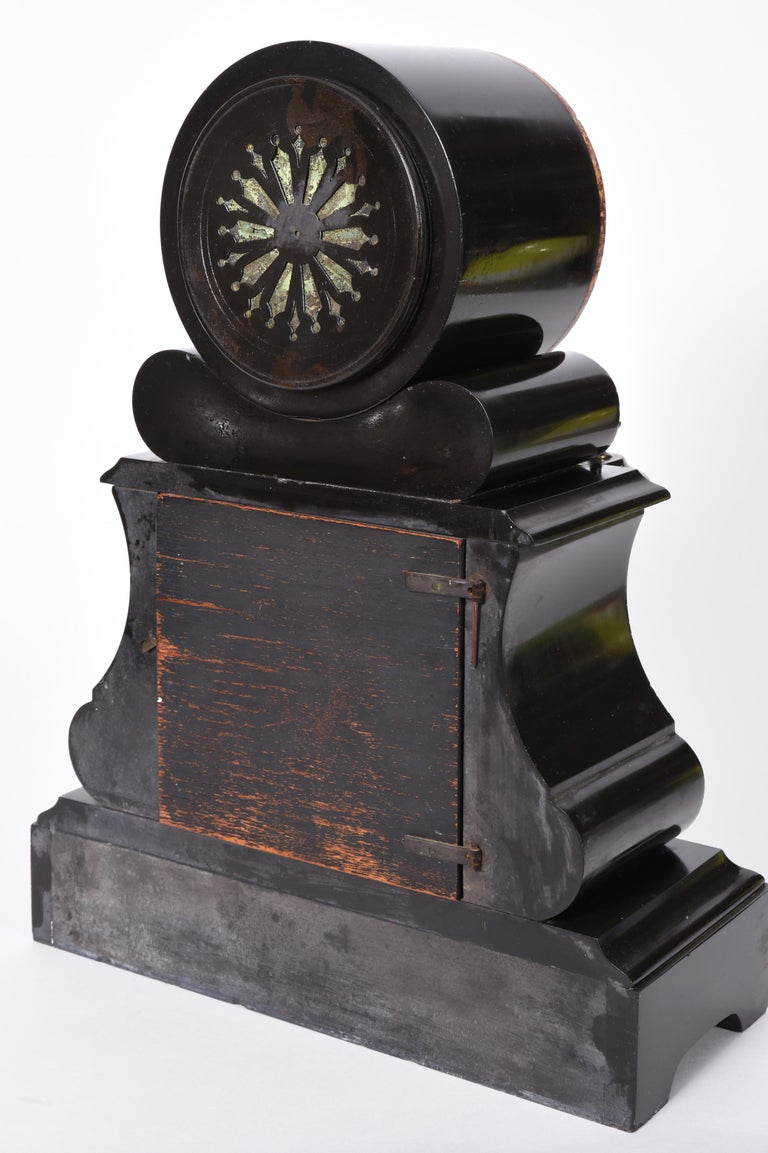 Antique French Marble and Bronze Mantle Clock For Sale 3