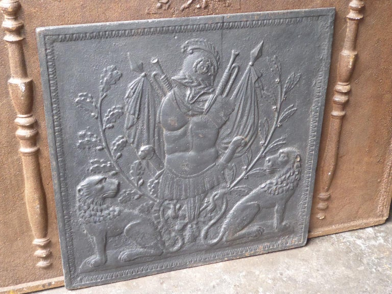 Antique French Neoclassical Fireback, 18th-19th Century For Sale 4