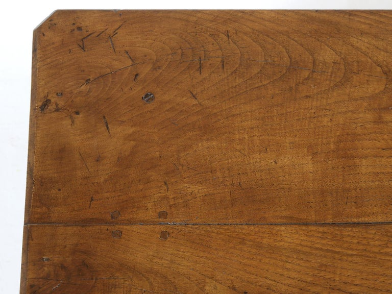 Antique French Oak Farm House Dining or Kitchen Table with Pass-Through Drawer In Good Condition For Sale In Chicago, IL