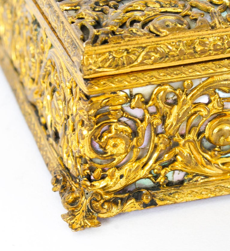 Antique French Ormolu and Mother of Pearl Casket, 19th Century For Sale 6