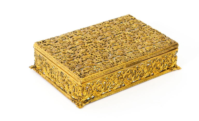 Antique French Ormolu and Mother of Pearl Casket, 19th Century For Sale 9