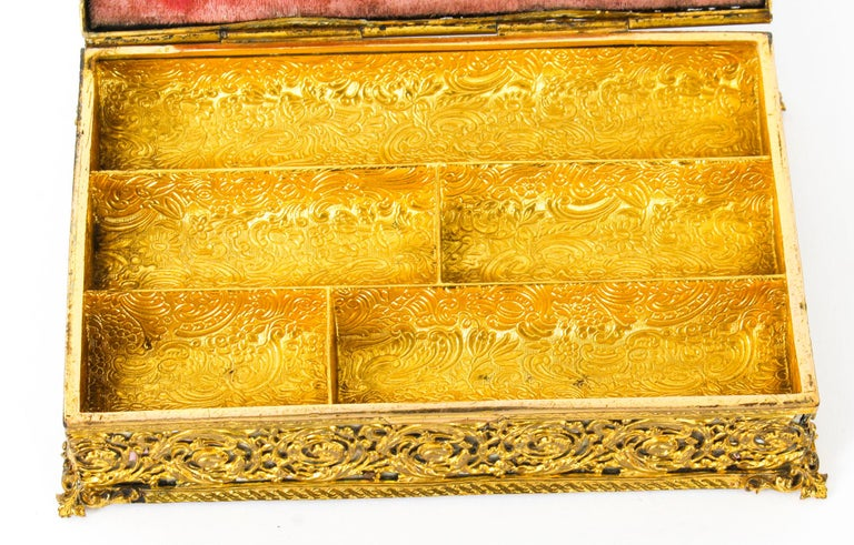 Mother-of-Pearl Antique French Ormolu and Mother of Pearl Casket, 19th Century For Sale