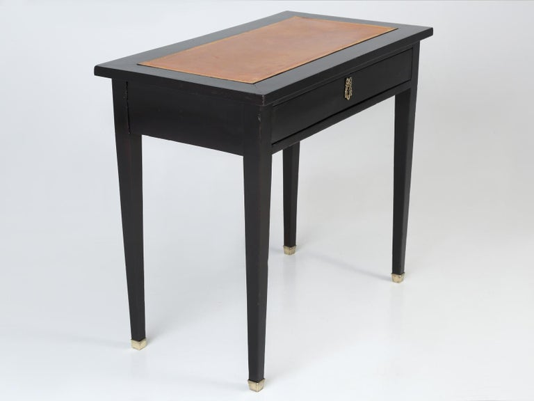Antique French Petite Ebonized Ladies Writing Table, or Small Side Table or Desk For Sale 12