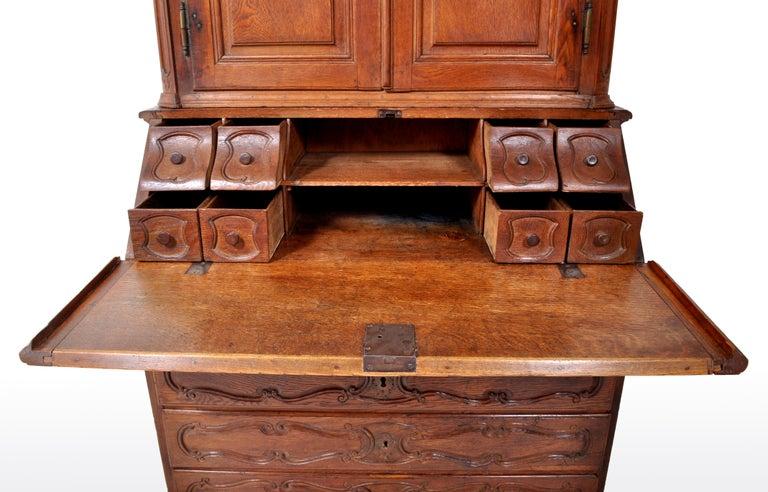 Antique French Provincial Oak Secretary/Bureau Bookcase, circa 1770 For Sale 6