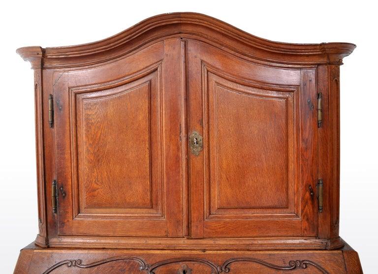 Antique French Provincial Oak Secretary/Bureau Bookcase, circa 1770 For Sale 8