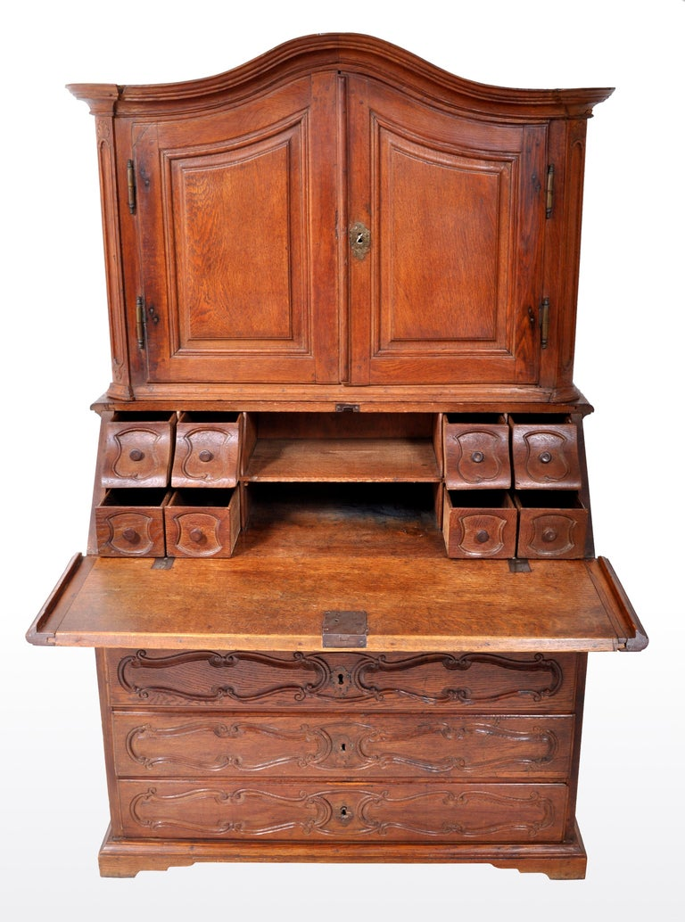 Antique French Provincial Oak Secretary/Bureau Bookcase, circa 1770 For Sale 1