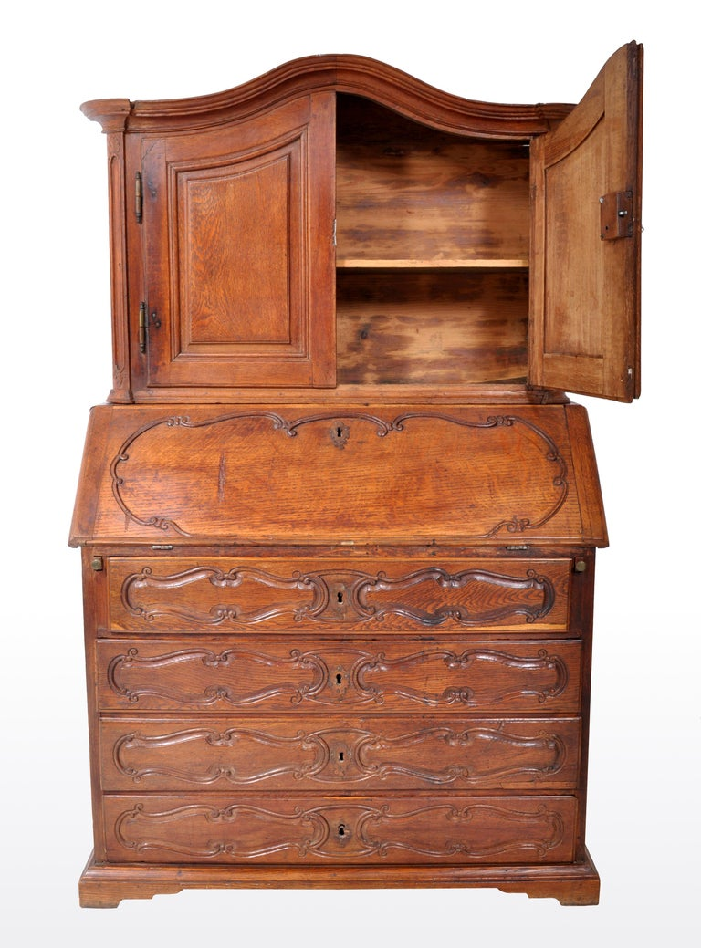 Antique French Provincial Oak Secretary/Bureau Bookcase, circa 1770 For Sale 2