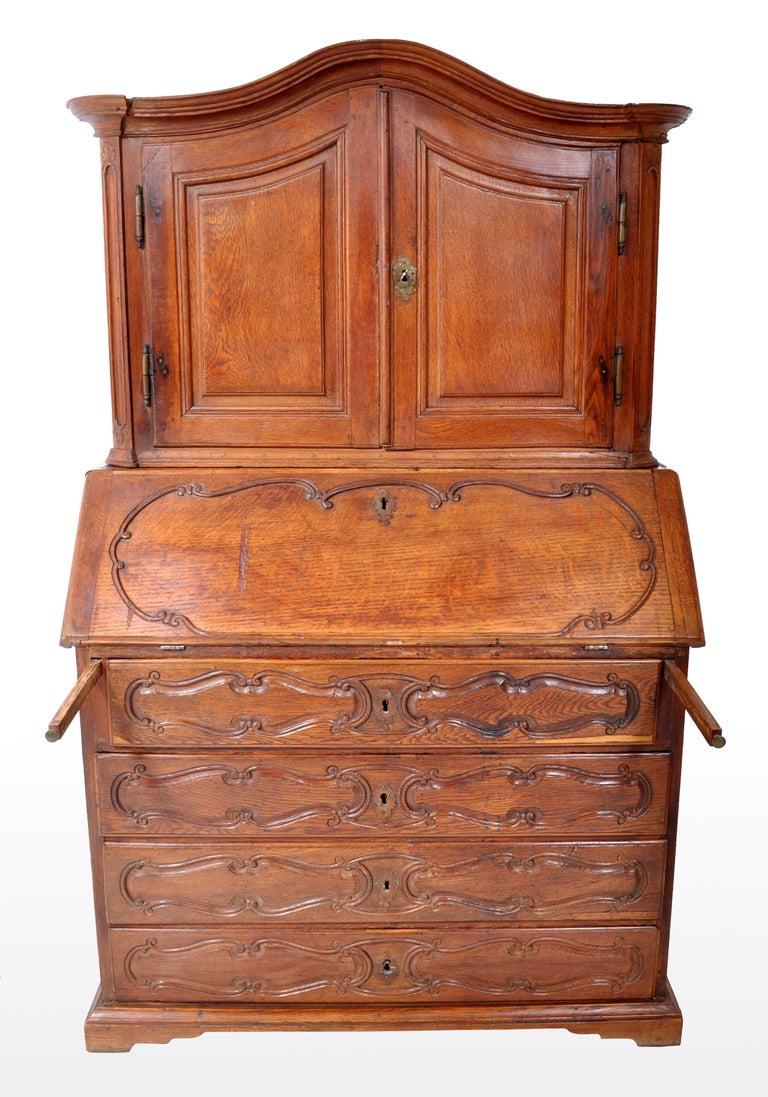 Antique French Provincial Oak Secretary/Bureau Bookcase, circa 1770 For Sale 4
