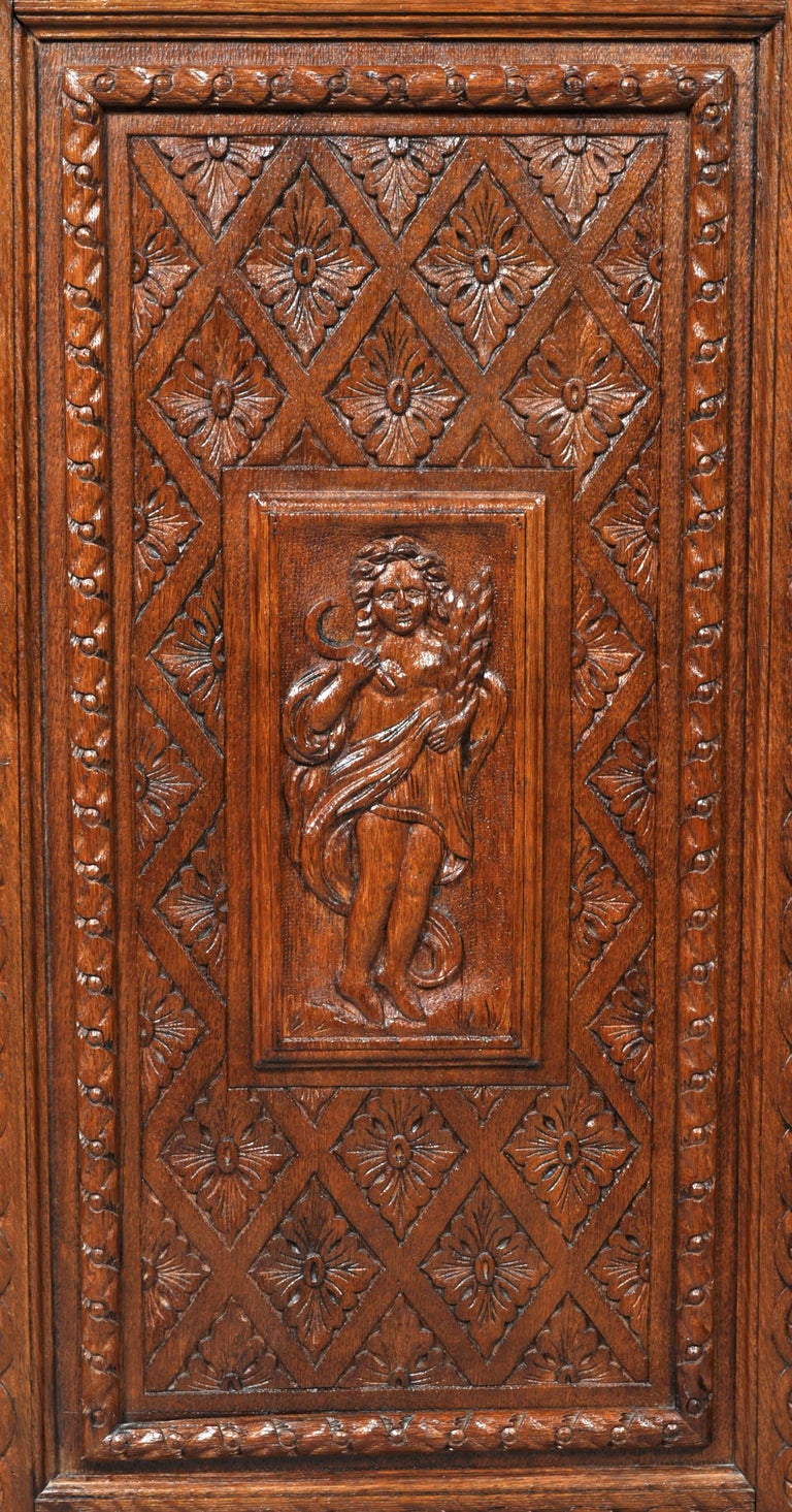 Antique French Baroque Carved Oak Corner Cabinet, circa 1780 For Sale 6