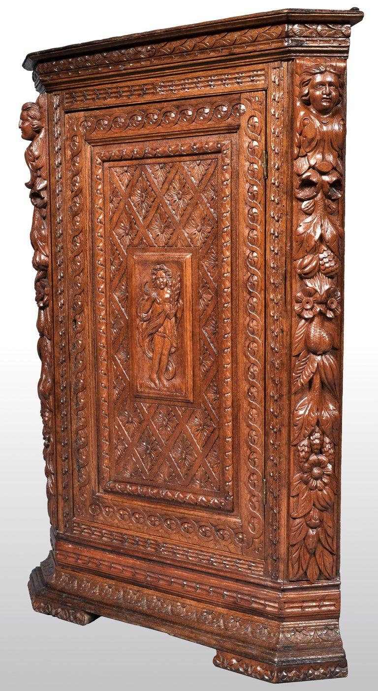 Hand-Carved Antique French Baroque Carved Oak Corner Cabinet, circa 1780 For Sale