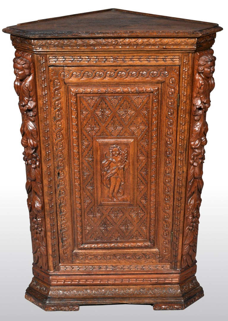 Antique French Baroque Carved Oak Corner Cabinet, circa 1780 In Good Condition For Sale In Portland, OR