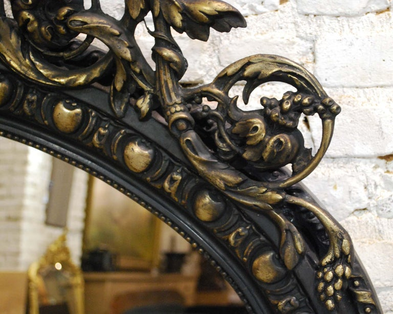 Antique French Renaissance Style Black and Gold Mirror with Carved Ornaments For Sale 4