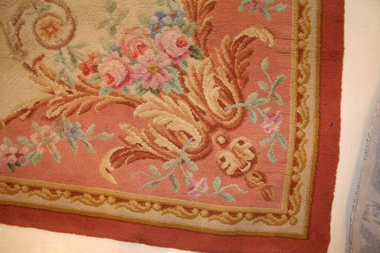 Antique French Savonnerie Rug With Ivory Background For