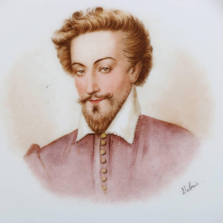 Antique French Sevres Painted and Gilt Porcelain Portrait Plate of Henry IV In Good Condition For Sale In Big Flats, NY