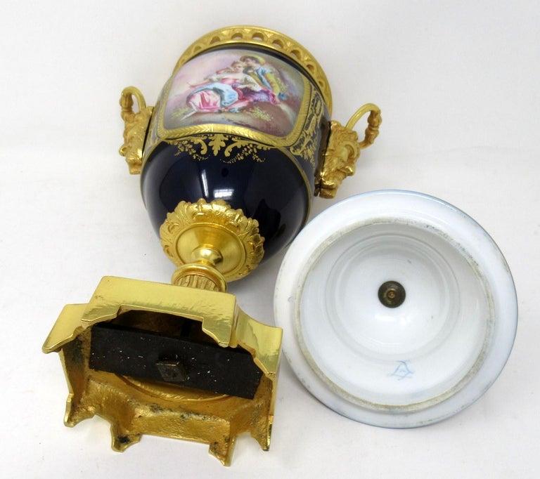 Antique French Sèvres Porcelain Ormolu Gilt Bronze Urn Vase Potpourri For Sale 2