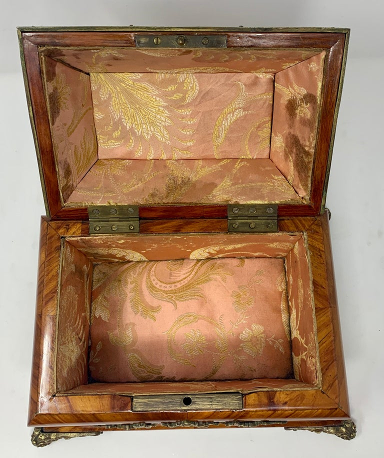 Antique French Shaped Kingwood Jewel Box, circa 1850s In Good Condition For Sale In New Orleans, LA