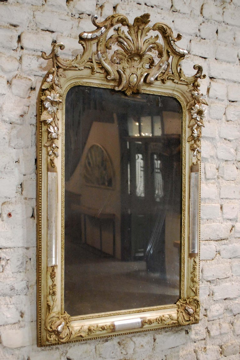 Antique French Silver Leaf Gilded Louis Philippe Mirror with an Ornate Crest In Good Condition For Sale In Casteren, NL