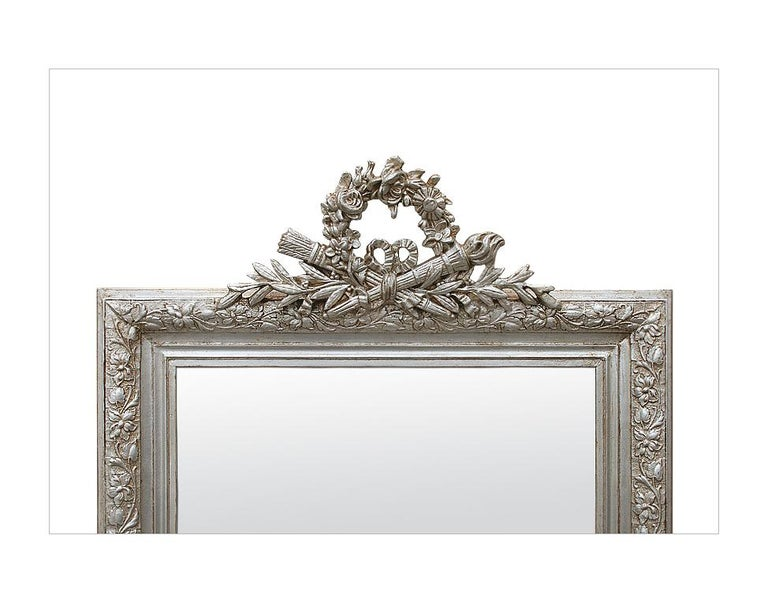 Antique French Silver Mirror with Pediment, circa 1900 In Good Condition For Sale In Paris, FR