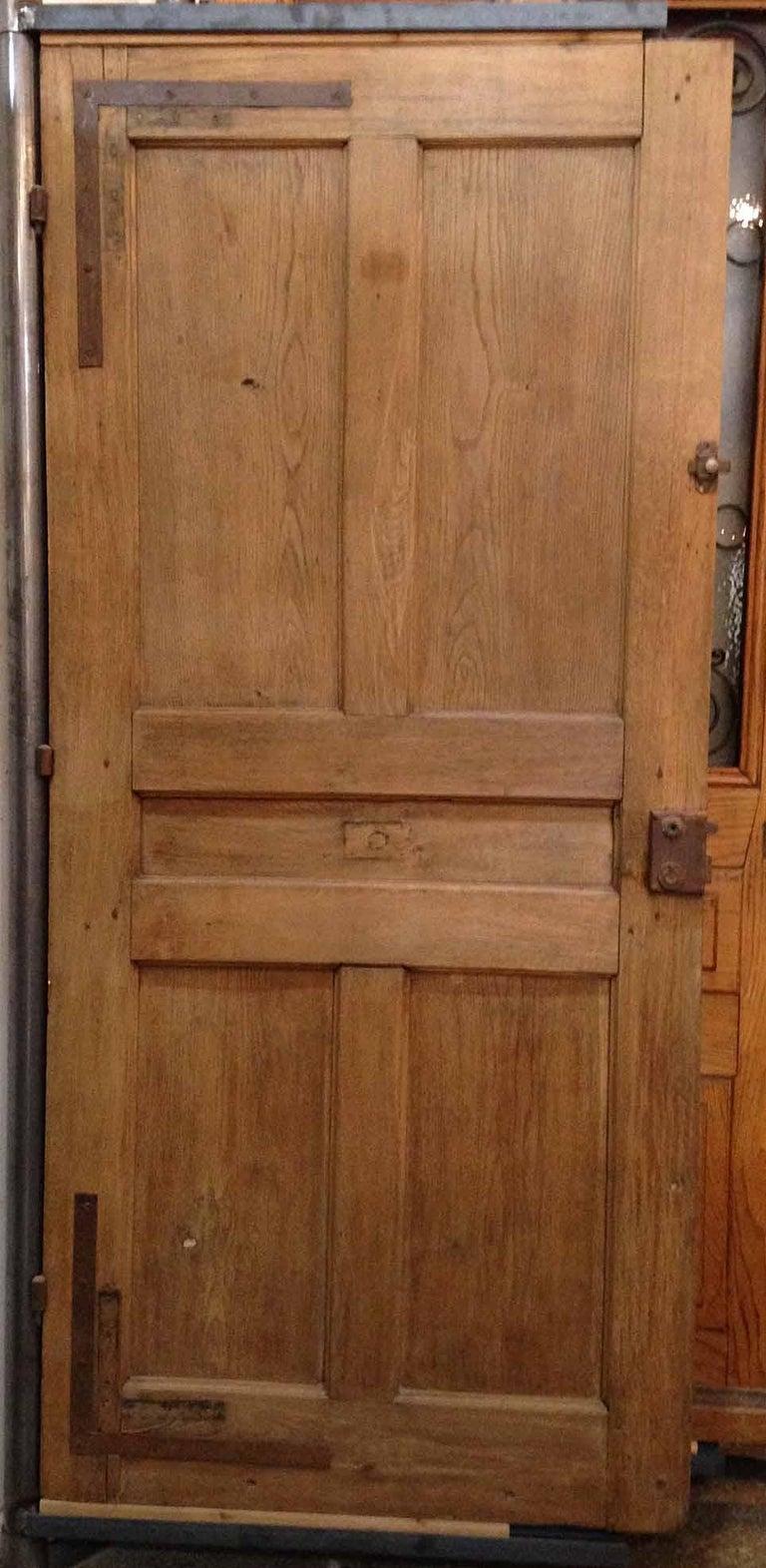 Antique French single door  Origin: France  circa 1860  Measurements: 39