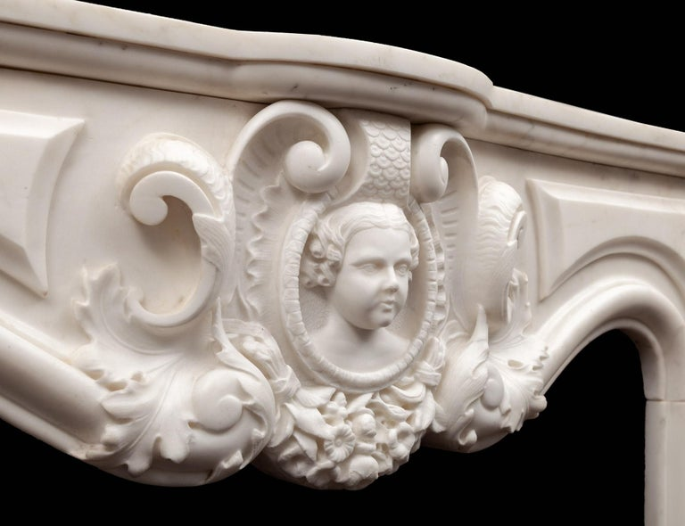 Antique French Statuary Carrara Marble Mantel In Good Condition For Sale In Tyrone, Northern Ireland
