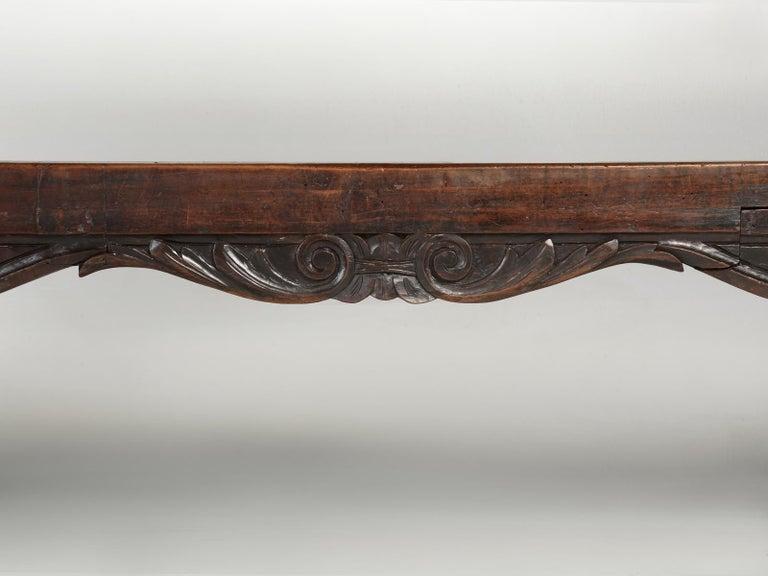 Antique French Trestle Dining Table with a Fleur-de-Lys Design Motif For Sale 10