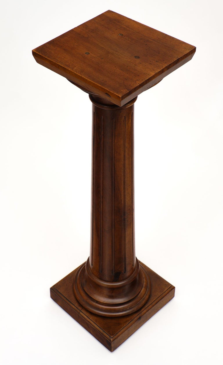 Antique French Walnut Pedestal In Good Condition For Sale In Austin, TX
