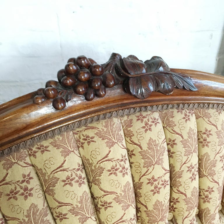 Antique French Walnut Settee, circa 1890s For Sale 1