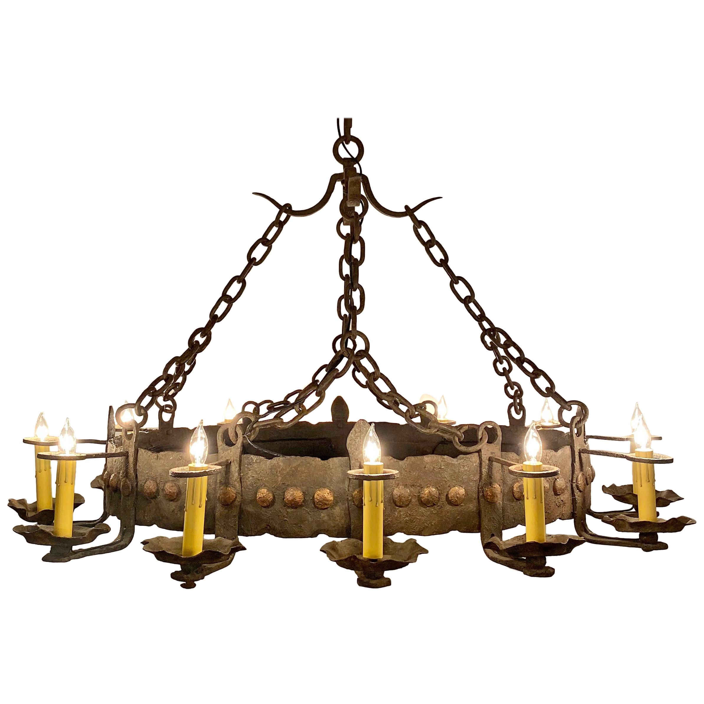 Antique French Wrought Iron 12-Light Chandelier, circa 1910