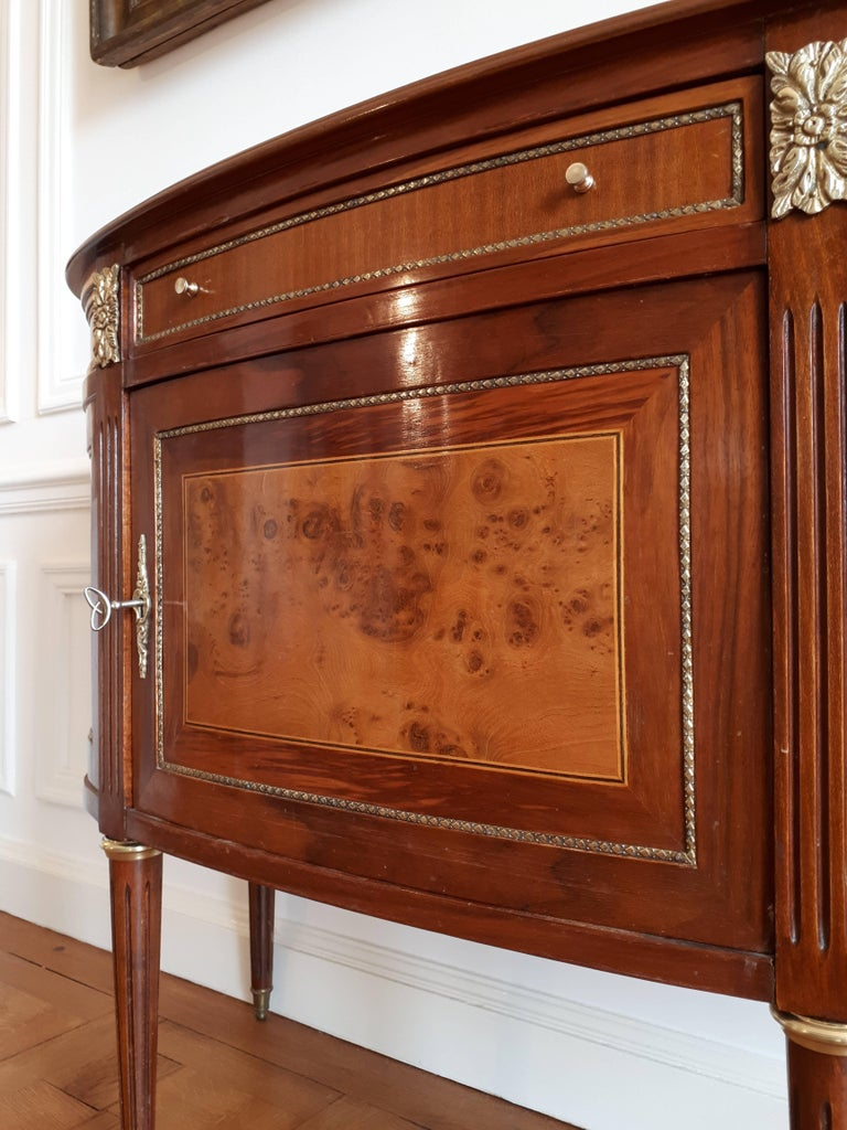 Antique French, Louis XVI Style Chest of Drawers Commode Buffet Marquetry For Sale 3