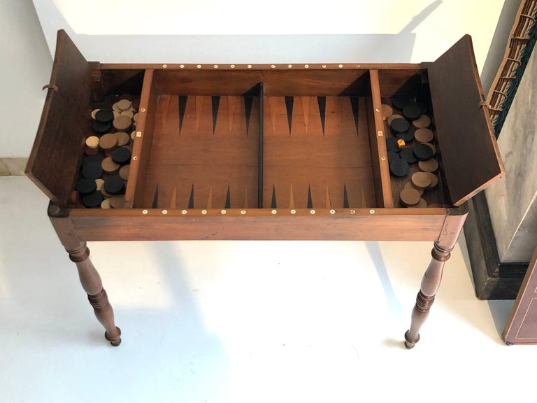Antique Game Writing Table Chess Backgammon Walnut Mahogany Leather, France In Good Condition For Sale In Munich, DE