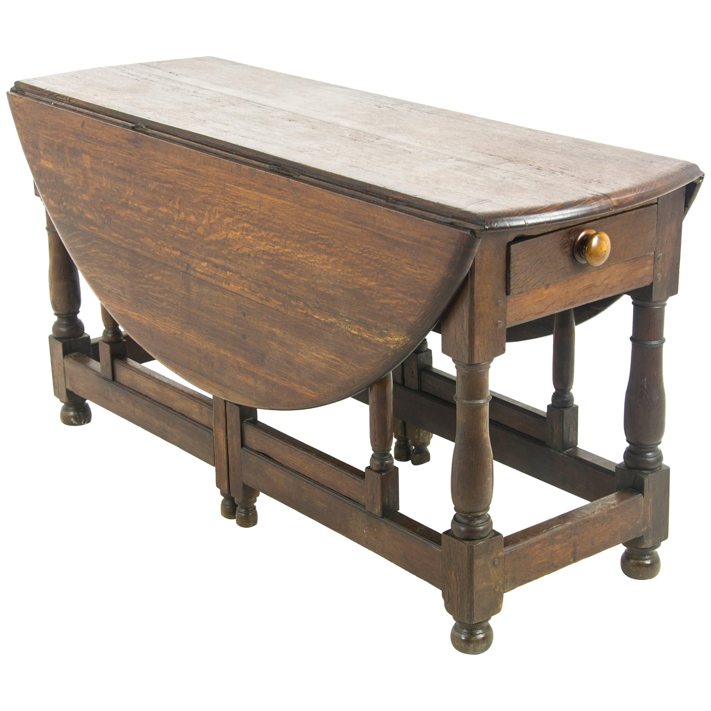 Incroyable Antique Gateleg Table, Drop Leaf Table, Oak, Scotland, 1800 REDUCED!