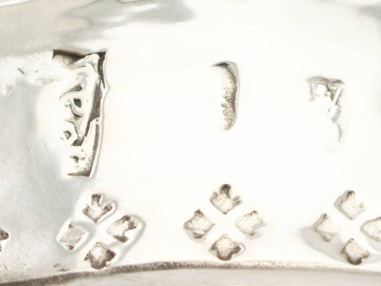 Antique George I 1717 Britannia Standard Silver Porringer For Sale 1