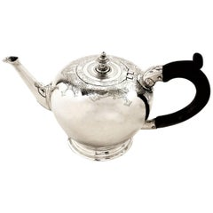 Antique George I Bachelor Solid Silver Teapot 1723 Early Georgian, 18th Century