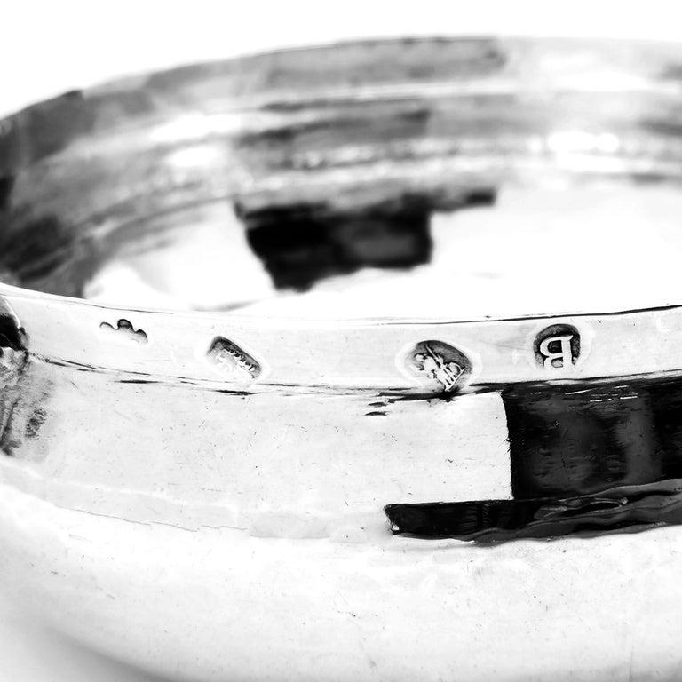 Antique George I Sterling Silver Porringer / Bleeding Bowl 1717 For Sale 1