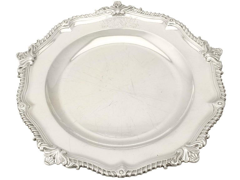 Georgian Antique George II Set of Three Sterling Silver Dinner Plates For Sale