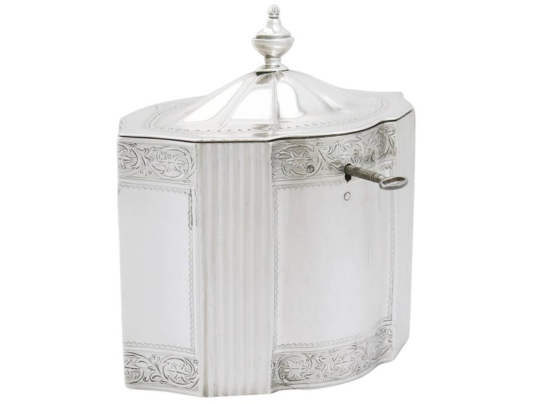 Late 18th Century Antique George III 1790s Sterling Silver Locking Tea Caddy For Sale