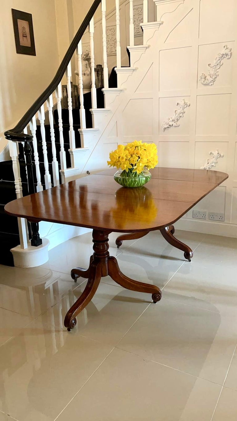 Hand-Carved Antique George III Antique Mahogany Twin Pedestal Dining Table For Sale