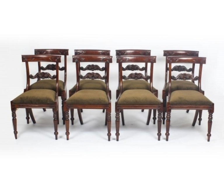 George III Regency Dining Table 19th Century with 8 Bespoke Dining Chairs For Sale 6