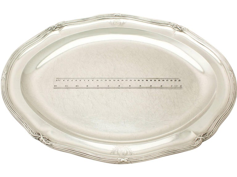 Antique George III Sterling Silver Meat Platter For Sale 4