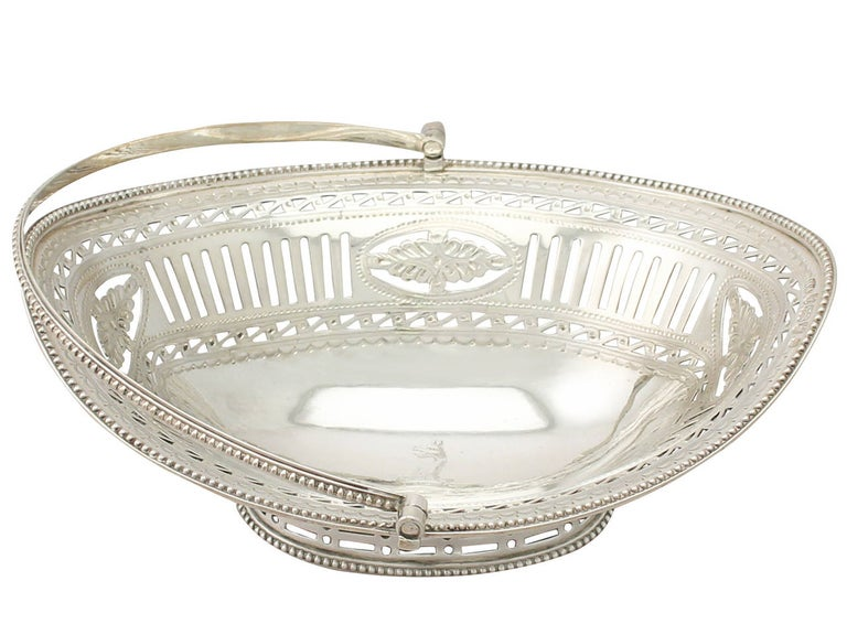 Late 18th Century Antique George III Sterling Silver Sweetmeat Basket For Sale